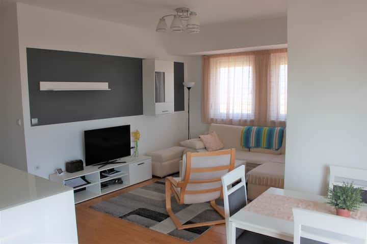 Isitea modern 2 bedroom  apartment-self check in
