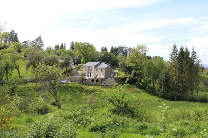 Jolie maison de campagne, au coeur de la nature