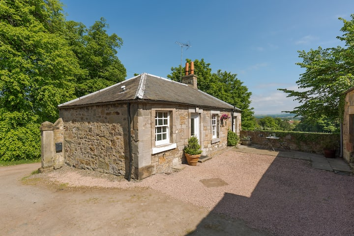 Drumbank Cottage - Sleeps 4