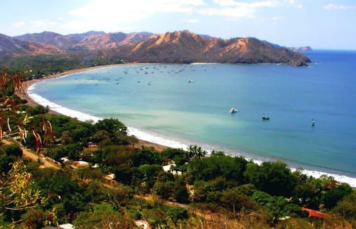 Playa Coco, Los palmas development