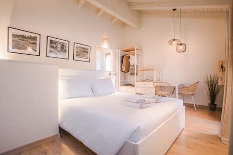 Aureos Guest House