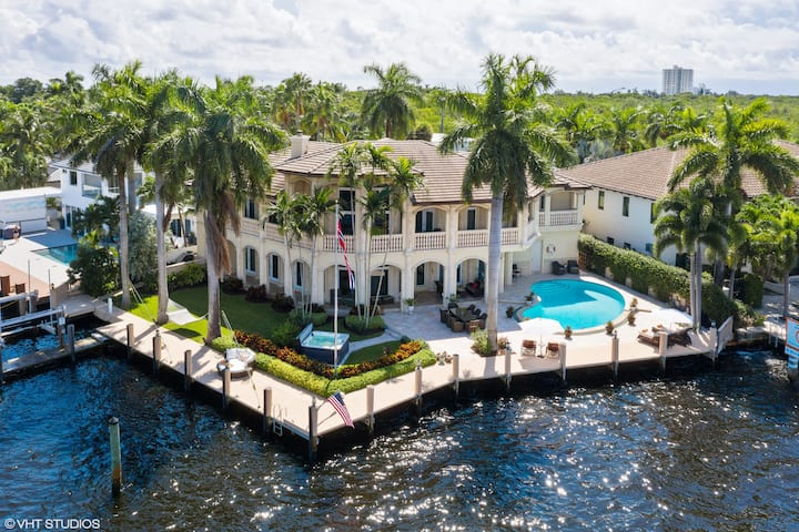 Luxury Living on the Water in Fort Lauderdale