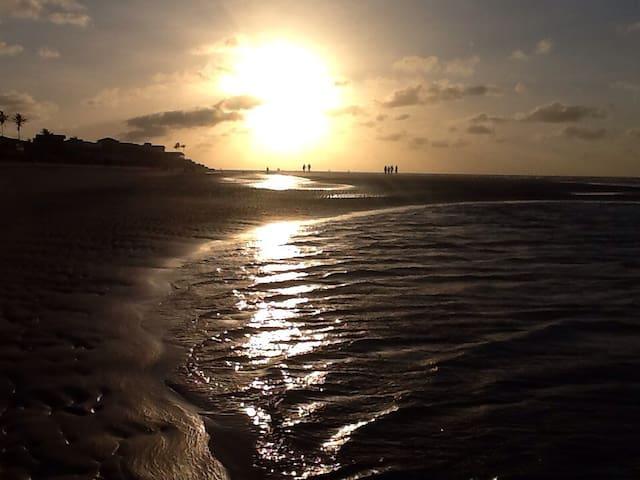 Apartamento para temporada na praia do Atalaia
