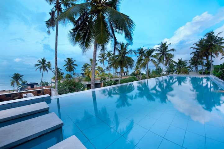 Villa Salina - Luxury Beach Villa