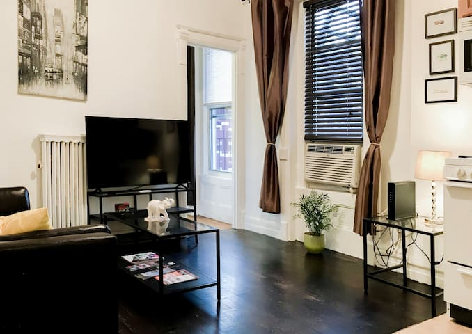 Iconic West 57 Street/Central park/Junior 1Bedroom