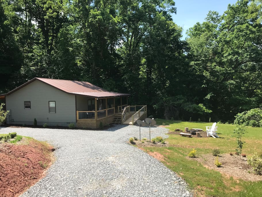 driveway down to cabin
