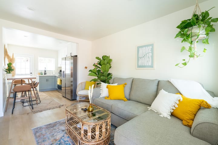 Brand New Ocean Beach 1 Bedroom with Private Patio