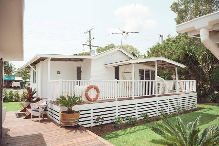 Cosy Cottage 1 | 2 Bedroom, 1 Bathroom, Sleeps 4