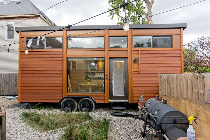 "A Pebble In Rock City: A ""Tiny Home"" In Piety Hill"