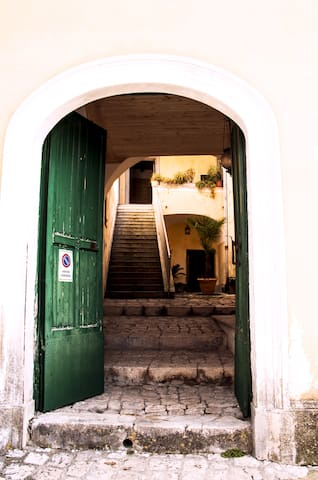 Dimora storica immersa nel verde - Villa - Other