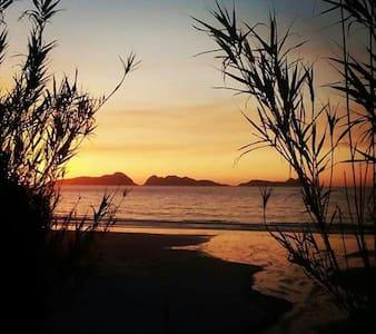 Habitación Nigran playa surf patos - Nigran - アパート