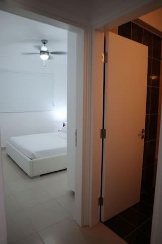 2nd Bedroom/ Bathroom