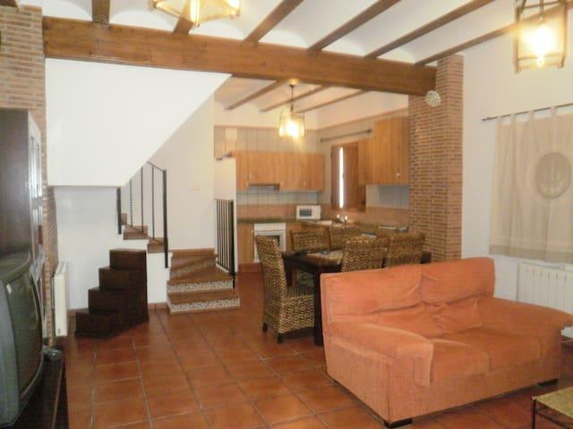 Casa Rural Las Cuevas 2 (POTERIA)