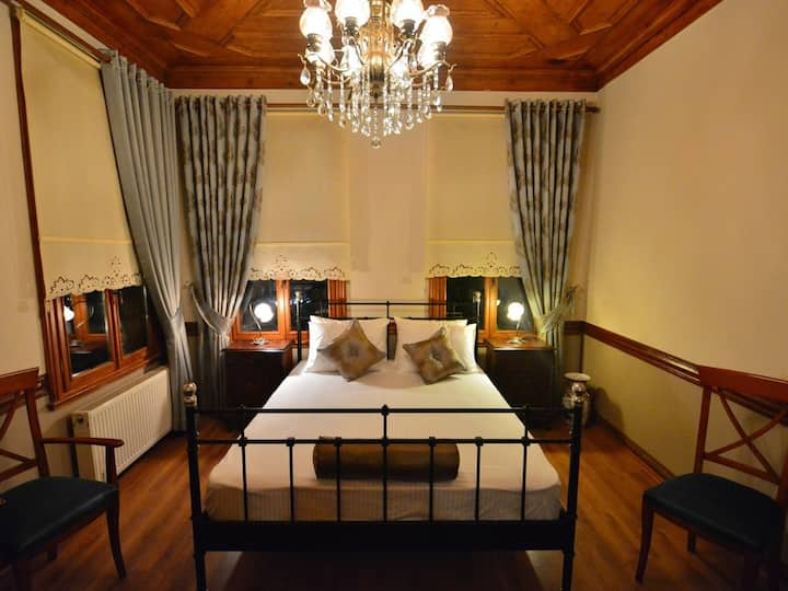 Mihrimah Family Suite - Ottoman Suites By Sera House