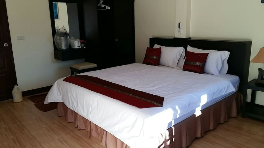New Room by Kamala Beach - Tambon Kammala, Chang Wat Phuket, TH - Appartement