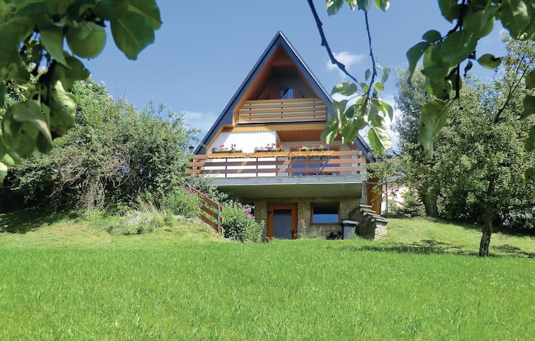 Holiday cottage with 2 bedrooms on 50m² in Rützengrün