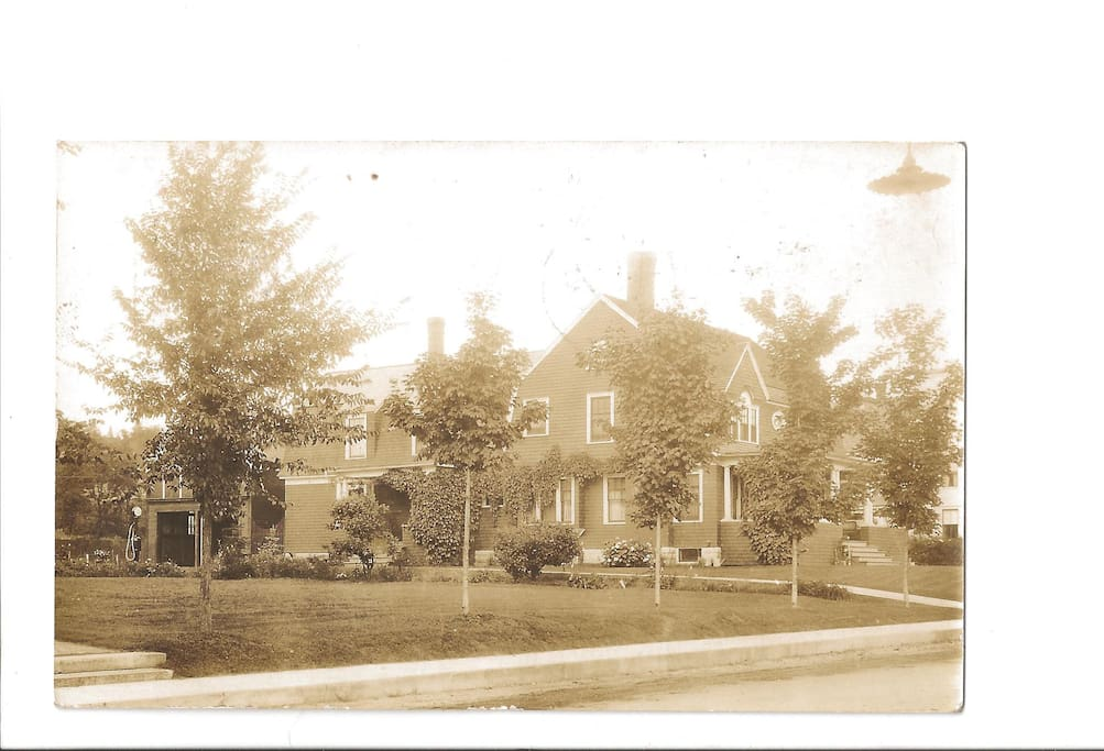 Postcard of the home from 1931