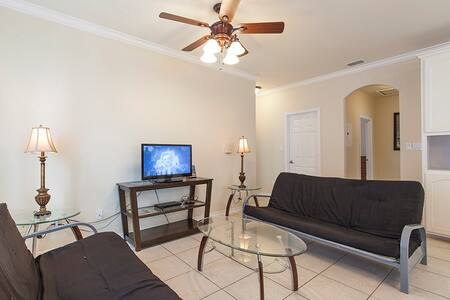 18 Years Old and Up Spring Break Condo  (Room B3) - 南帕诸岛 - 独立屋