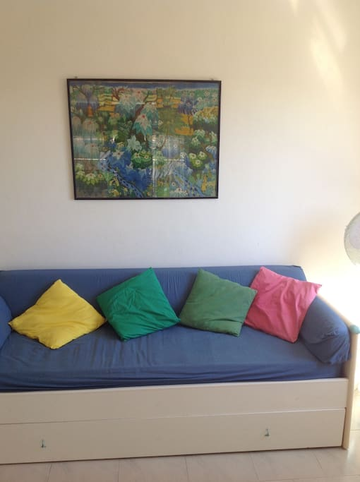 Sofa which converts into 2 single beds