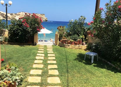 Beachfront apartment in Ligaria Crete - Ligaria