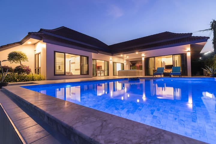 Balinese Pool Villa (Long Stay Only)