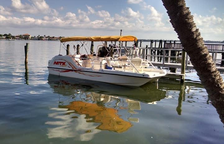 Malyn104 Condo w/ fish & boat docks