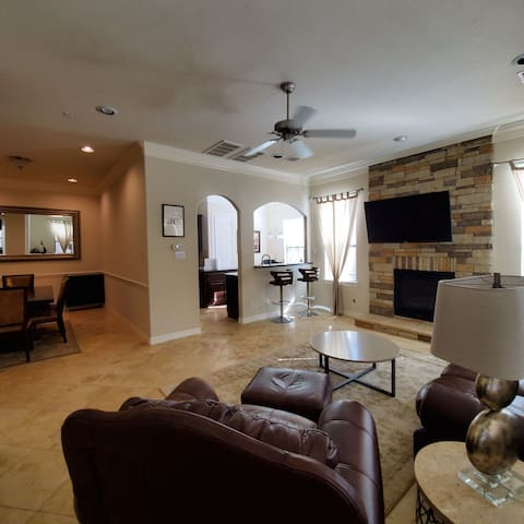 Luxury home in gated community walking distance A+