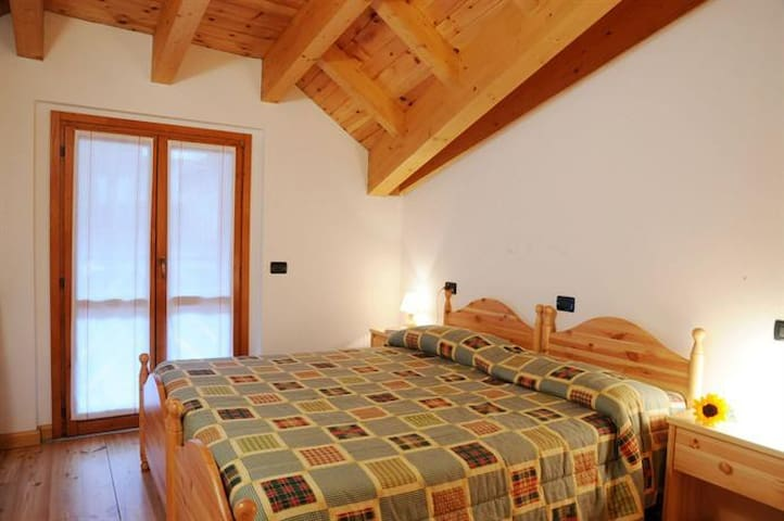 Skiing Paradise - Corteno Golgi - Bed & Breakfast