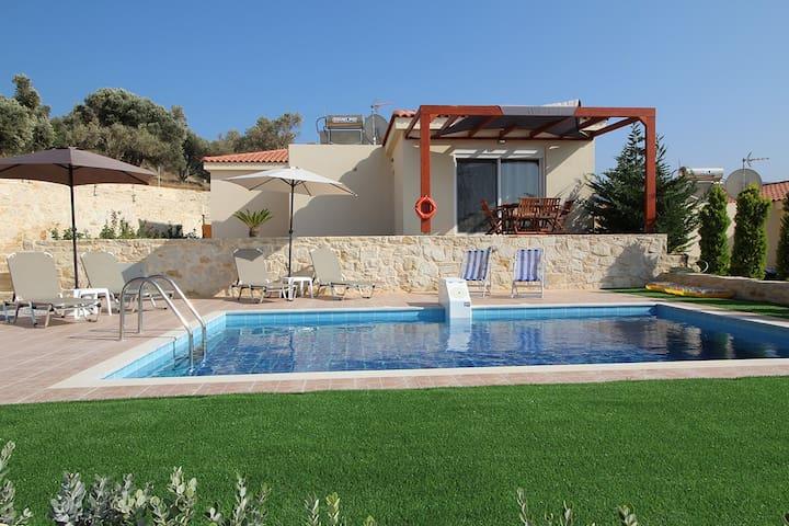 Villa OLIVIA - Adelianos Kampos - 別荘