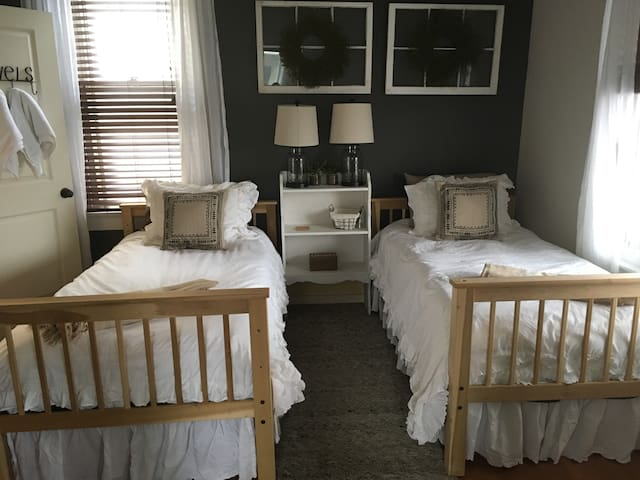 Farmhouse Bedroom! Off IN-62 Exit. Great Location!