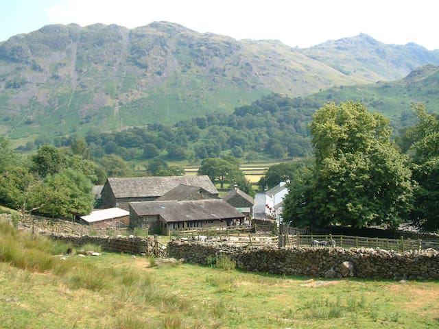 Cowslip Cottage .. nestled in the Borrowdale fells