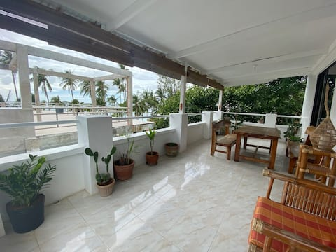 Beachfront 2 Bedroom Apartment in Angol, Station 3