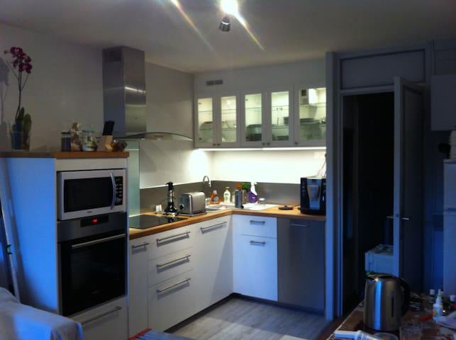 Appartement 2 pièces refait à neuf plein sud