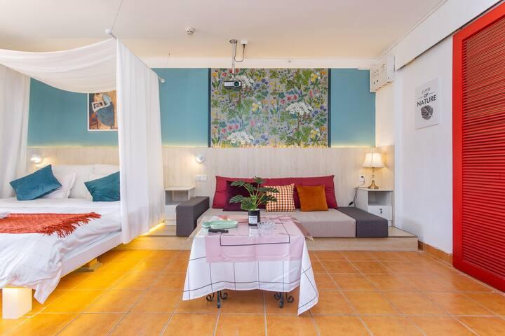 【大梅沙海景房】近海听风带投影温馨舒适大床房