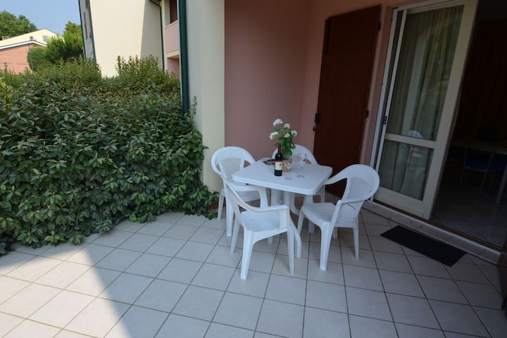 Cosy Apartment in Lido delle Nazioni with Pool
