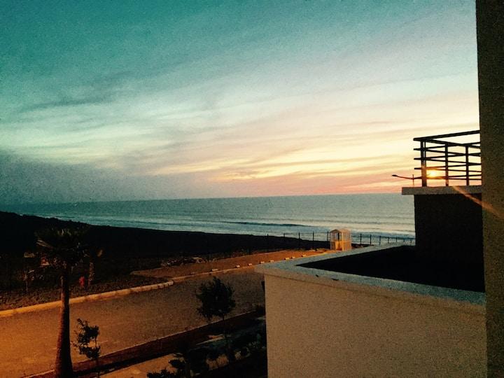 Appartement haut standing à la plage des nations