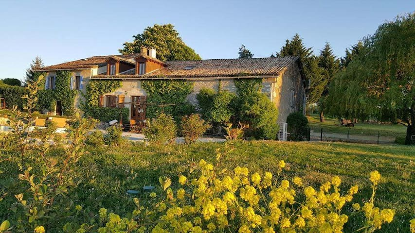 The perfect Dordogne holiday home near Eymet - Eymet - House