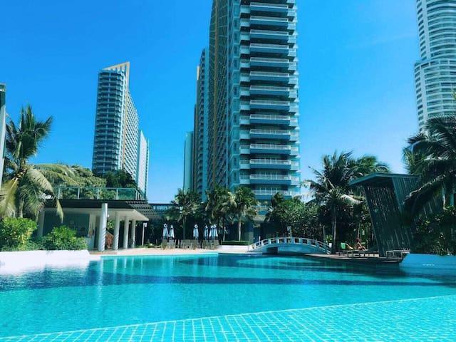 中天海滩一线海景公寓Lumpini 新装全配 拧包入住 免费空中泳池和健身房 免费停车 免费图书馆