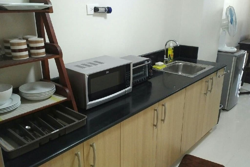 Microwave and Oven Toaster