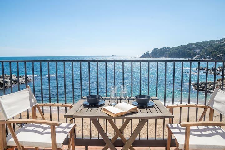 LES FORMIGUES 2-apartament primera línia de mar-Calella de Palafrugell-Costa Brava