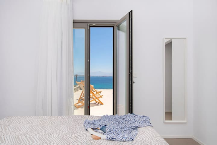 Superior One Bedroom Sea View Suite