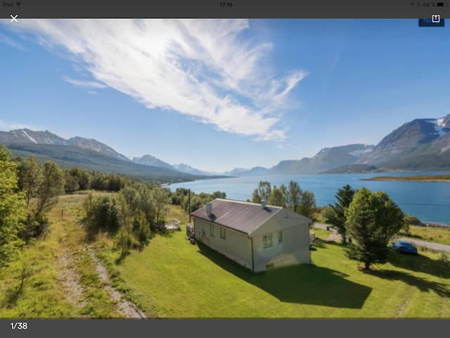 Jiehkkevarri Lodge 2 (Shared house) - Lyngen - Rumah
