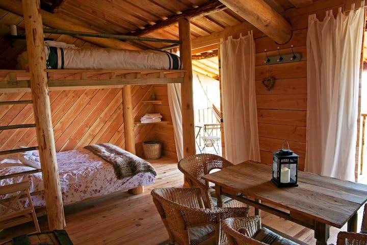 Cabane en bois pour 4 personnes