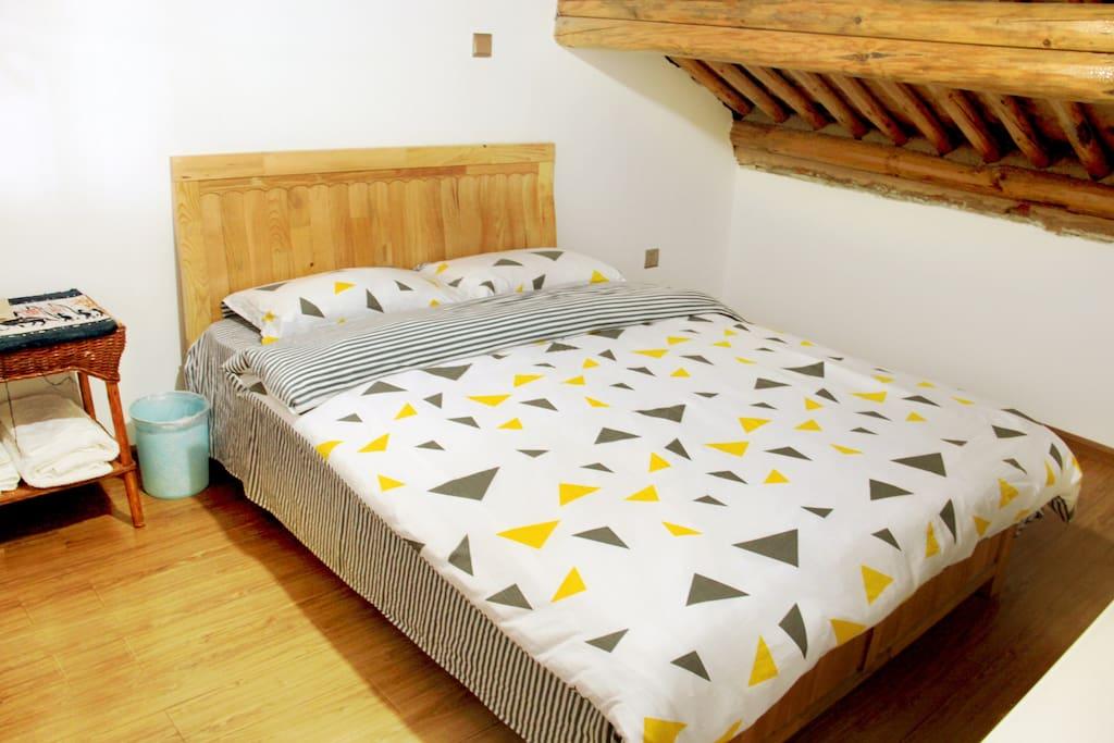 穹顶标准大床房