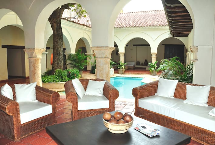 Incredible Location Fantastic Value - Cartagena - Apartment