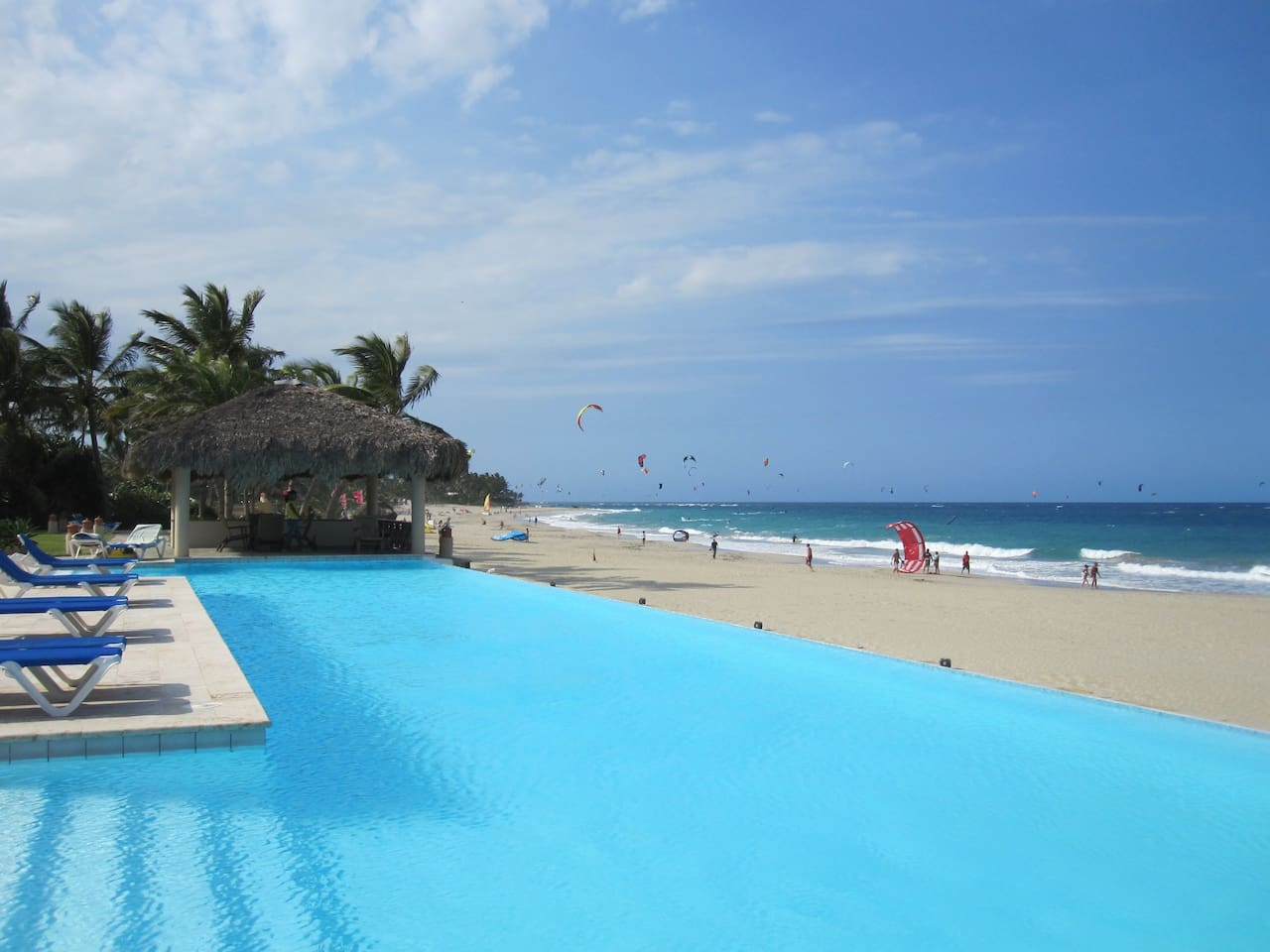 100 ft. Infinity Pool, the only thing separating you from the beach.