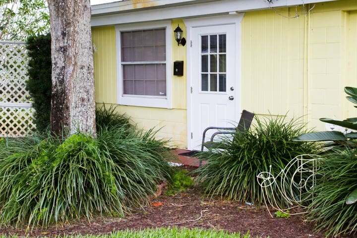 Downtown Efficiency Cottage - Vero Beach - Lejlighed