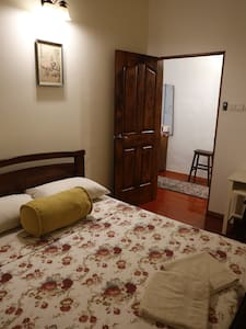 Double Room @ Sojourn Beds & Cafe - Taiping