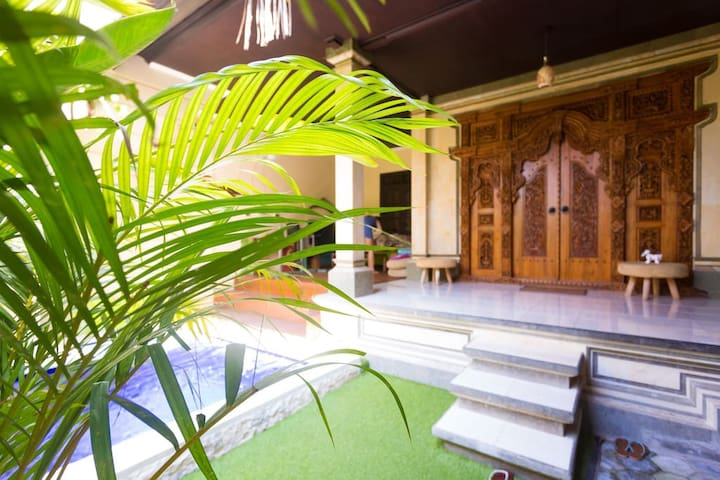 Kids-friendly Balinese home with 3 bedrooms & pool