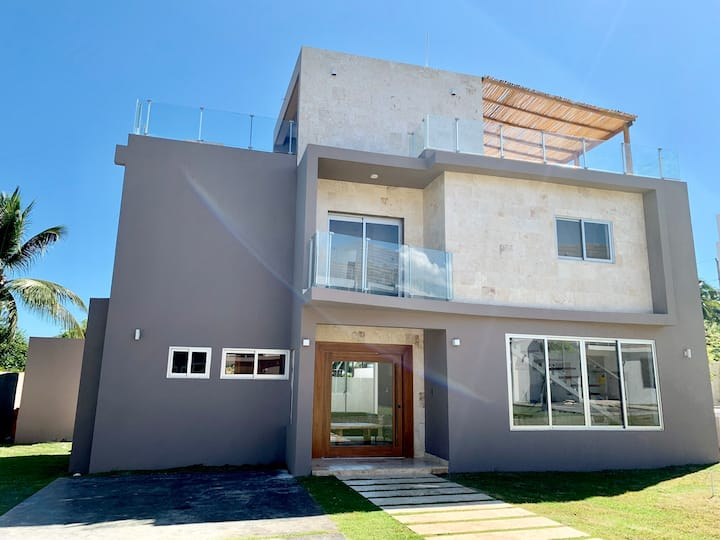 New Cozy Family Villa Playa Encuentro walk to Surf